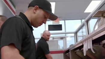 Jet's Pizza Mix N' Match TV Spot, 'There's Still Pizza: Contactless Delivery' - Thumbnail 3