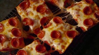 Jet's Pizza Mix N' Match TV Spot, 'There's Still Pizza: Contactless Delivery'