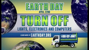 1-800-GOT-JUNK TV Spot, 'Earth Day: Here to Help' - Thumbnail 3