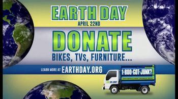 1-800-GOT-JUNK TV Spot, 'Earth Day: Here to Help' - Thumbnail 4