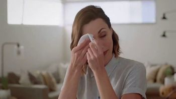 Neutrogena Makeup Remover Cleansing Towelettes TV Spot, 'Help Is Always One Wipe Away' - Thumbnail 8