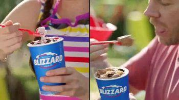 Dairy Queen Summer Blizzard Menu TV Spot, 'Backyard Time' - Thumbnail 8