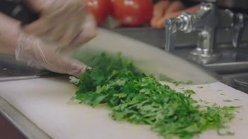 Olive Garden TV Spot, 'Getting Ready' - Thumbnail 3