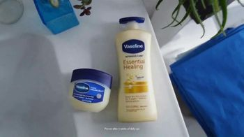 Vaseline TV Spot, 'New Touch for the New Normal' - Thumbnail 10