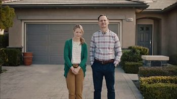 GEICO TV Spot, 'HOA Cynthia Advises New Neighbors' - Thumbnail 1