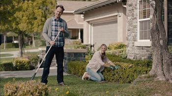 GEICO TV Spot, 'HOA Cynthia Advises New Neighbors' - Thumbnail 8