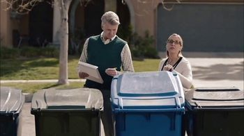 GEICO TV Spot, 'HOA Cynthia Advises New Neighbors' - Thumbnail 2