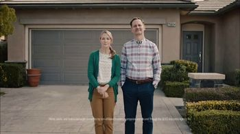 GEICO TV Spot, 'HOA Cynthia Advises New Neighbors' - Thumbnail 5