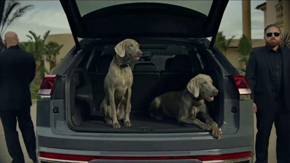 2020 Volkswagen Atlas Cross Sport TV Commercial, 'The Celebrity Lifestyle' [T1]