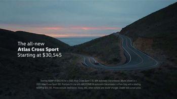 2020 Volkswagen Atlas Cross Sport TV Spot, 'The Celebrity Lifestyle' [T1] - Thumbnail 8