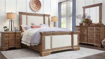 Rooms to Go Memorial Day Sale TV Spot, 'Rustic Bedroom Set' - Thumbnail 5
