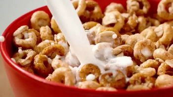Cheerios Oat Crunch TV Spot, 'Rolled Into One'