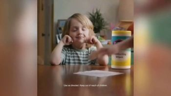 Clorox TV Spot, 'Endless Possibilities' Song by Oh, Hush! - Thumbnail 9