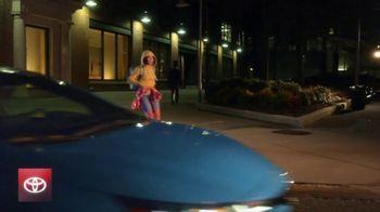 2020 Toyota Corolla TV Spot, 'You Look Awfully Good: Corolla Night Drive' [T2] - Thumbnail 5