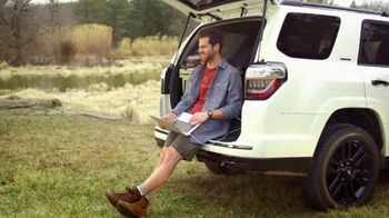 Toyota TV Spot, 'You Look Awfully Good: Country Drive' [T2] - Thumbnail 9