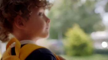 Kleenex TV Spot, 'Happy Tears and First Day Fears' - Thumbnail 4