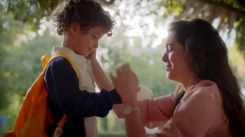Kleenex TV Spot, 'Happy Tears and First Day Fears' - Thumbnail 6