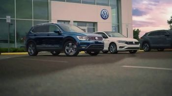 Volkswagen TV Spot, 'Un nuevo día' [Spanish] [T2] - Thumbnail 1