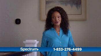 Spectrum Internet + TV TV Spot, 'Our Family Hub' - Thumbnail 3