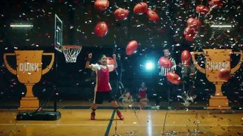 Yoplait TV Spot, '¡Es Yoplaitime!: Dunk' [Spanish] - Thumbnail 7
