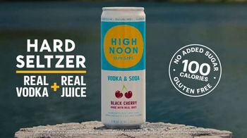 High Noon Hard Seltzer TV Spot, 'Things Just Got Real at the Lake' - Thumbnail 8