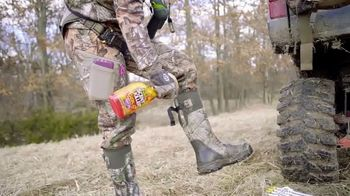 Wildlife Research Center Scent Killer TV Spot, 'Line Up of Products' - Thumbnail 4