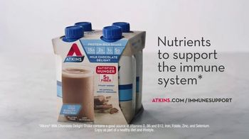 Atkins TV Spot, 'Questions: Chocolate Shake With Immune Support' Featuring Rob Lowe - Thumbnail 5