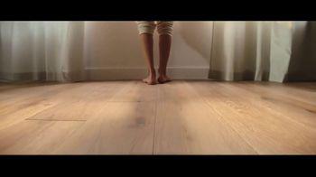 Lumber Liquidators TV Spot, 'Bellawood Distressed Oak Flooring: Safe Installation' - Thumbnail 5
