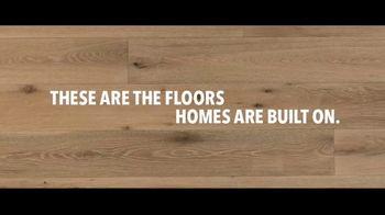 Lumber Liquidators TV Spot, 'Bellawood Distressed Oak Flooring: Safe Installation' - Thumbnail 7