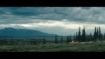 Ford Bronco 2-Door TV Spot, 'Built Wild' Featuring Jimmy Chin [T1] - Thumbnail 7