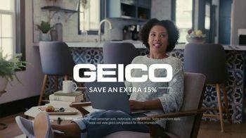 GEICO TV Spot, 'Idina Menzel Sings Personalized Theme Song' - Thumbnail 8