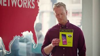 Straight Talk Wireless Unlimited Plan TV Spot, 'Same Networks for Less' - Thumbnail 4
