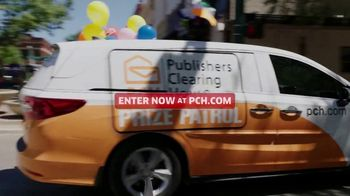 Publishers Clearing House TV Spot, 'Last Chance to Win' Featuring Terry Bradshaw - Thumbnail 10