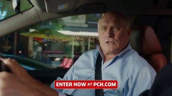 Publishers Clearing House TV Spot, 'Last Chance to Win' Featuring Terry Bradshaw - Thumbnail 5