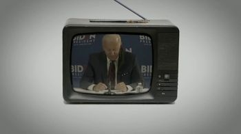 Donald J. Trump for President TV Spot, 'Slipping'