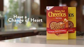 Honey Nut Cheerios TV Spot, 'House Visit' Featuring Leslie David Baker - Thumbnail 10