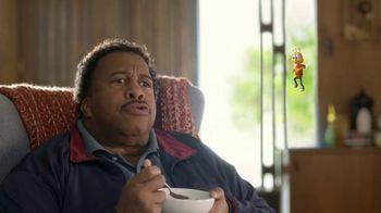 Honey Nut Cheerios TV Spot, 'House Visit' Featuring Leslie David Baker - Thumbnail 9