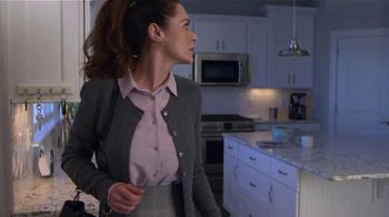 Batteries Plus TV Spot, 'Busy Busy: Save $10' - Thumbnail 5