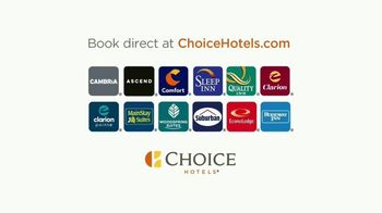 Choice Hotels TV Spot, 'The Open Road Is Open Again' Song by Willie Nelson - Thumbnail 10