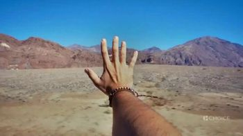 Choice Hotels TV Spot, 'The Open Road Is Open Again' Song by Willie Nelson - Thumbnail 6