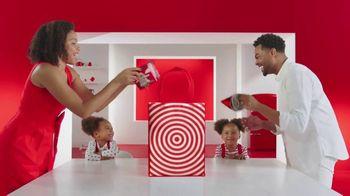 Target TV Spot, 'Same-Day Delivery: Entrega sin contacto' canción de Carlos Vives [Spanish] - 855 commercial airings