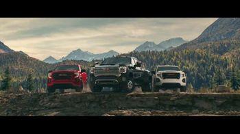 2020 GMC Sierra TV Spot, 'Jaw Drop: Bear' [T2] - Thumbnail 5