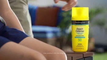 Neutrogena Beach Defense TV Spot, 'Soak Up the Sun' - Thumbnail 7