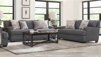 Rooms to Go July 4th Hot Buys TV Spot, 'Two Piece Living Room Set: $999' - Thumbnail 4