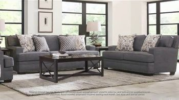 Rooms to Go July 4th Hot Buys TV Spot, 'Two Piece Living Room Set: $999' - Thumbnail 5