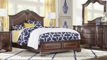 Rooms to Go July 4th Hot Buys TV Spot, 'Classic Five Piece Bedroom Set: $999' - Thumbnail 4