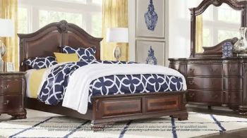 Rooms to Go July 4th Hot Buys TV Spot, 'Classic Five Piece Bedroom Set: $999' - Thumbnail 5