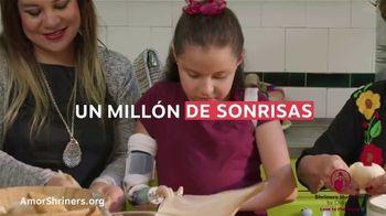 Shriners Hospitals for Children TV Spot, 'Compartir amor' [Spanish] - Thumbnail 3