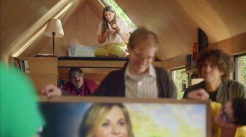 XFINITY X1 TV Spot, 'Peacock TV: Tiny Home: $54.99' Featuring Amy Poehler - Thumbnail 7