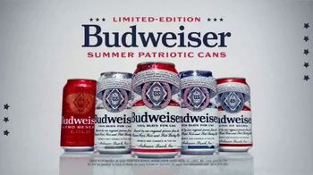 Budweiser TV Spot, '4th of July: Red, White, and Blue Cans' - Thumbnail 9